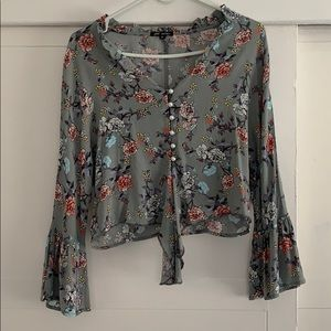 gray blouse with flowers